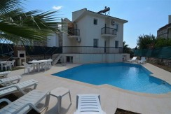 4 Bedroom Modern Villa for Holiday Rental