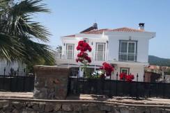 3 Bedroom Dublex Private Villa