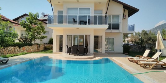 4 bedroomed 4 bathroom all en-suit furnished triplex villa – Fethiye, Ovacik